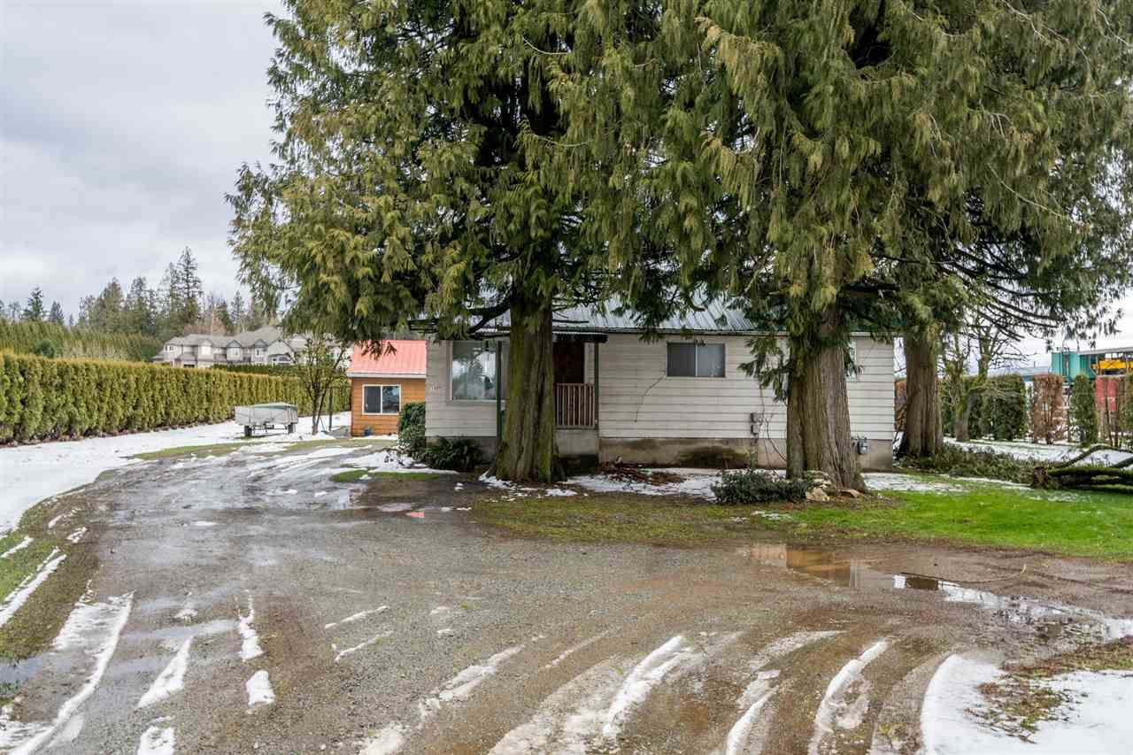 Photo 19: Photos: 1408 CLEARBROOK Road in Abbotsford: Poplar House for sale : MLS®# R2541003
