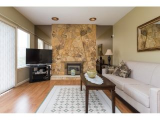 Photo 12: 1662 140A Street in Surrey: Sunnyside Park Surrey House for sale (South Surrey White Rock)  : MLS®# R2064572