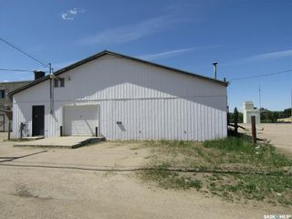 Photo 1: 114 Railway Avenue East in Nipawin: Commercial for lease : MLS®# SK845294