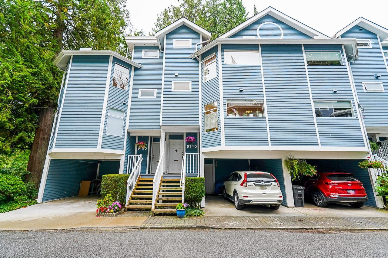 """Main Photo: 9140 RIDGEMOOR Place in Burnaby: Forest Hills BN Townhouse for sale in """"MOUNTAIN GATE"""" (Burnaby North)  : MLS®# R2611522"""