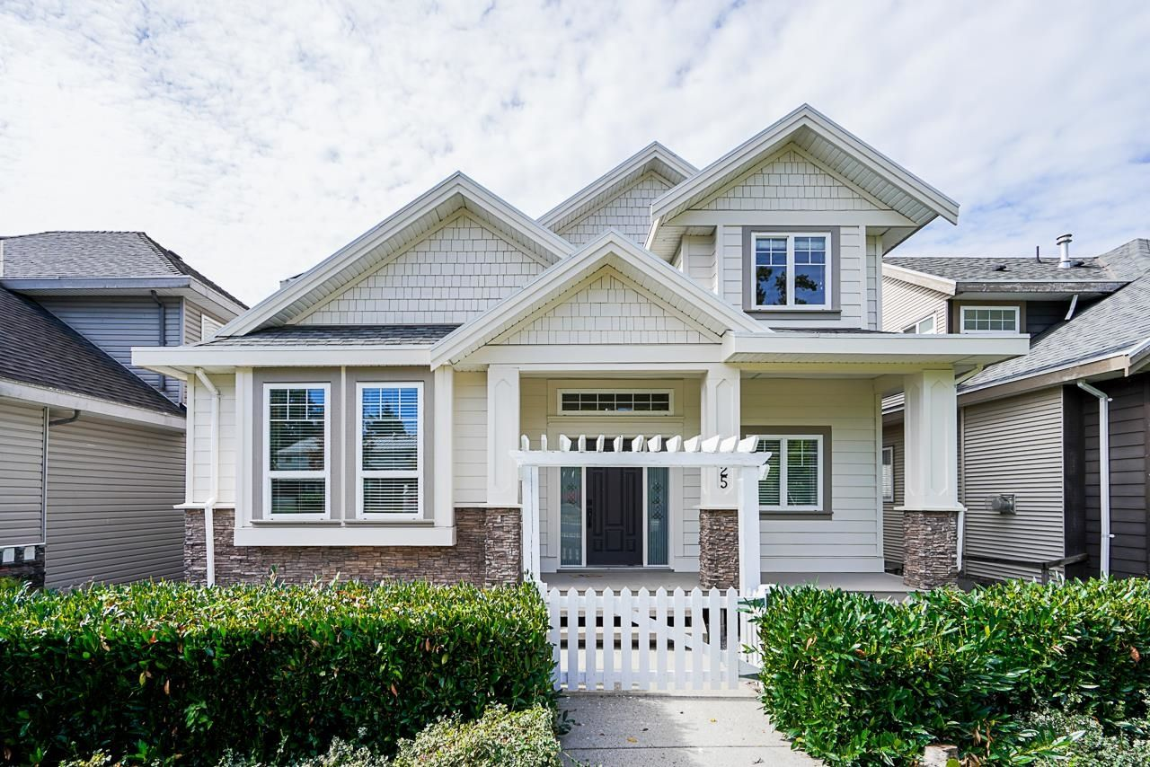 Main Photo: 7225 202A Street in Langley: Willoughby Heights House for sale : MLS®# R2619648