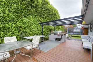"""Photo 10: 1202 163A Street in Surrey: King George Corridor House for sale in """"South Meridian"""" (South Surrey White Rock)  : MLS®# R2189721"""