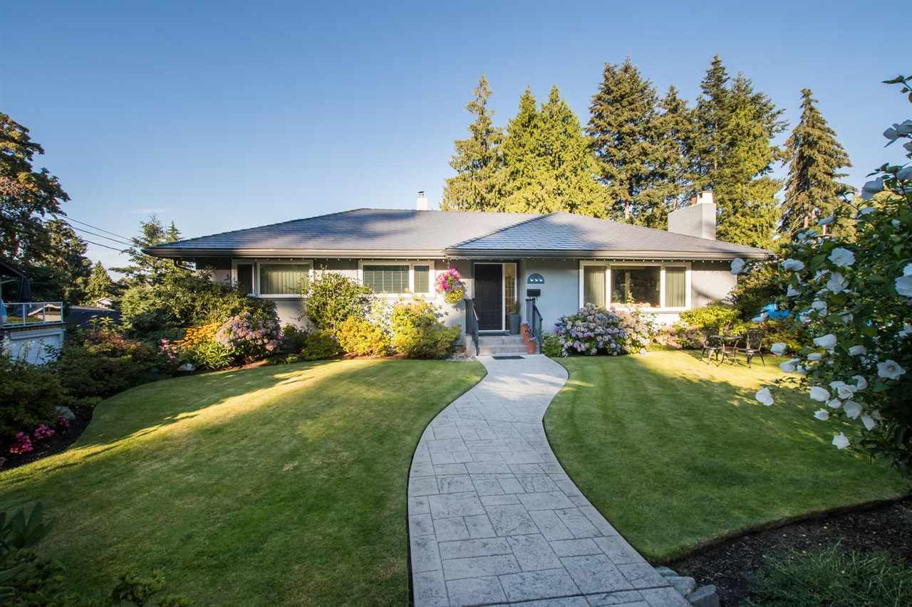 Main Photo: 888 BAYVIEW Drive in Delta: Tsawwassen Central House for sale (Tsawwassen)  : MLS®# R2547258