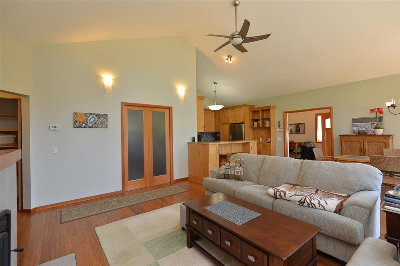 Photo 11: Photos: 505 MAPLE Street in Gibsons: Gibsons & Area House for sale (Sunshine Coast)  : MLS®# R2293109