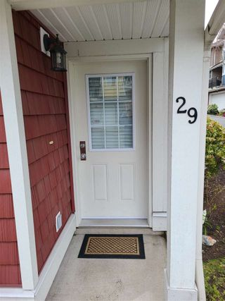 """Photo 4: 29 6036 164 Street in Surrey: Cloverdale BC Townhouse for sale in """"Arbour Village"""" (Cloverdale)  : MLS®# R2560746"""