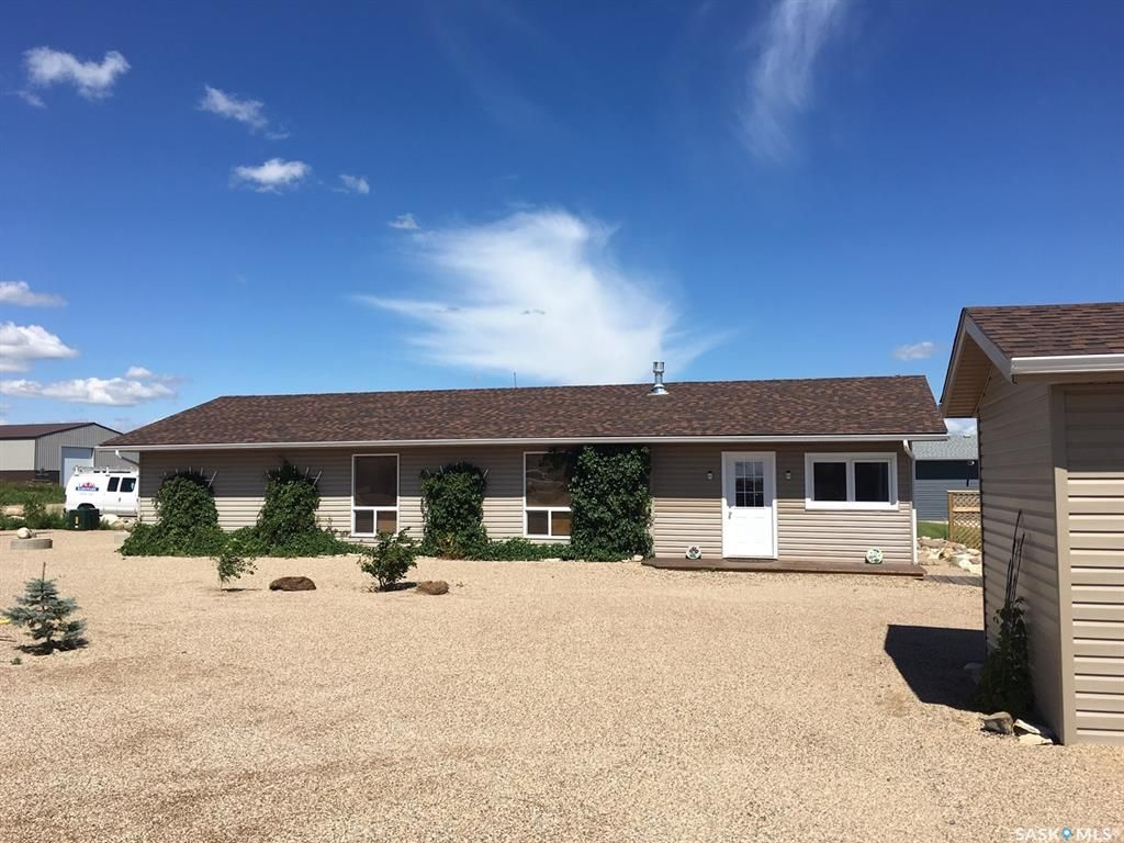 Main Photo: 1 Shady Pine Drive in Craik: Residential for sale : MLS®# SK838830