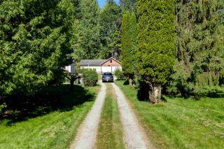 Photo 4: 5761 MCLAUGHAN Road in Sechelt: Sechelt District House for sale (Sunshine Coast)  : MLS®# R2479077