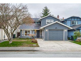 "Photo 3: 10700 TRURO Drive in Richmond: Steveston North House for sale in ""STEVESTON"" : MLS®# R2538342"
