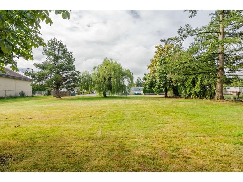 "Photo 20: Photos: 4B 26892 FRASER Highway in Langley: Aldergrove Langley Manufactured Home for sale in ""Aldergrove Mobile Home Park"" : MLS®# R2435612"