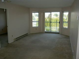 Photo 3: 207 1755 Salton Road in The Gateway: Home for sale : MLS®# F2904598