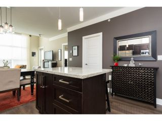 "Photo 10: 407 20630 DOUGLAS Crescent in Langley: Langley City Condo for sale in ""BLU"" : MLS®# R2049078"