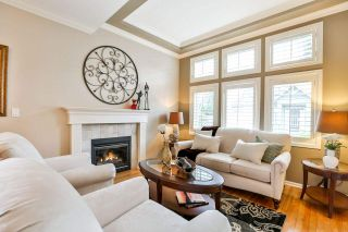 """Photo 3: 7 6177 169 Street in Surrey: Cloverdale BC Townhouse for sale in """"NORTHVIEW WALK"""" (Cloverdale)  : MLS®# R2256305"""