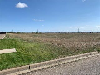 Photo 2: 2151 Box Springs Boulevard NW: Medicine Hat Mixed Use for sale : MLS®# MH0177821