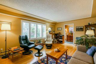 """Photo 9: 649 CHAPMAN Avenue in Coquitlam: Coquitlam West House for sale in """"Coquitlam West/Oakdale"""" : MLS®# R2455937"""