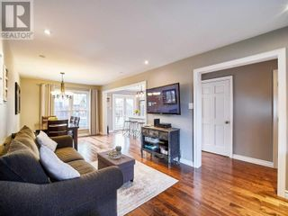 Photo 11: 18 LINDEN LANE in Whitchurch-Stouffville: House for sale : MLS®# N5400142