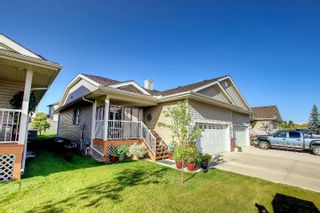 Photo 2: 8602 Southfort Drive: Fort Saskatchewan House Half Duplex for sale : MLS®# E4263616