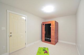 Photo 19: 2 2733 PARKWAY DRIVE in Surrey: King George Corridor Home for sale ()  : MLS®# R2120118