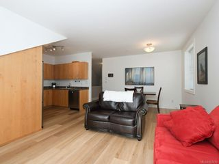 Photo 3: 9 2320 Oakville Ave in Sidney: Si Sidney South-East Condo for sale : MLS®# 857453