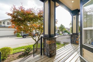 """Photo 2: 21679 90B Avenue in Langley: Walnut Grove House for sale in """"MADISON PARK"""" : MLS®# R2613608"""