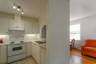 "Photo 9: 206 2588 ALDER Street in Vancouver: Fairview VW Condo for sale in ""BOLLERT PLACE"" (Vancouver West)  : MLS®# R2072024"