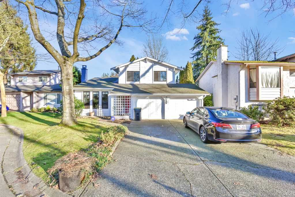 Main Photo: 6742 133B Street in Surrey: West Newton House for sale : MLS®# R2530498