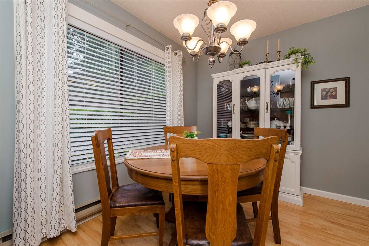 """Photo 3: Photos: 4 3015 TRETHEWEY Street in Abbotsford: Central Abbotsford Townhouse for sale in """"Birch Grove Terrace"""" : MLS®# R2272220"""