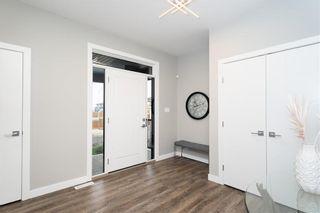 Photo 2: 229 Ken Oblik Drive in Winnipeg: Prairie Pointe Residential for sale (1R)  : MLS®# 202124757
