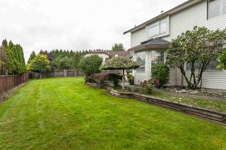 Photo 19: 9076 160A Street in Surrey: Fleetwood Tynehead House for sale : MLS®# R2408522