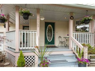 "Photo 2: 5443 184A Street in Surrey: Cloverdale BC House for sale in ""HUNTER PARK"" (Cloverdale)  : MLS®# R2386719"