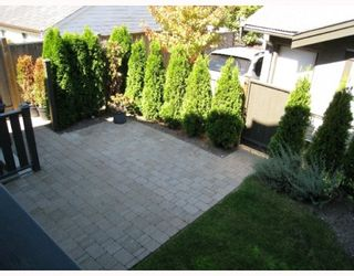 "Photo 7: 2011 W 13TH Avenue in Vancouver: Kitsilano Townhouse for sale in ""THE MAPLES"" (Vancouver West)  : MLS®# V779482"