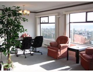 "Photo 3: 1808 615 BELMONT Street in New_Westminster: Uptown NW Condo for sale in ""BELMONT TOWER"" (New Westminster)  : MLS®# V752808"