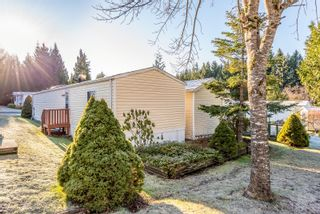 Photo 24: 10 4714 Muir Rd in : CV Courtenay East Manufactured Home for sale (Comox Valley)  : MLS®# 863668