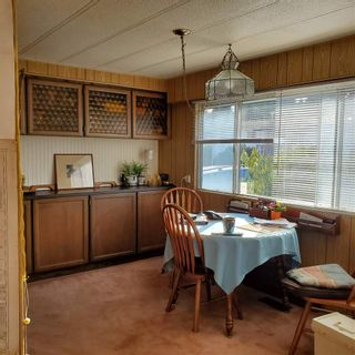 """Photo 2: 2132 DURHAM Road in Surrey: King George Corridor Manufactured Home for sale in """"Cranley Place"""" (South Surrey White Rock)  : MLS®# R2544864"""