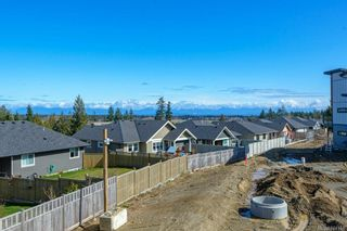 Photo 35: SL 25 623 Crown Isle Blvd in Courtenay: CV Crown Isle Row/Townhouse for sale (Comox Valley)  : MLS®# 874144