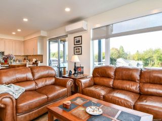 Photo 14: 301 2777 North Beach Dr in CAMPBELL RIVER: CR Campbell River North Condo for sale (Campbell River)  : MLS®# 800006