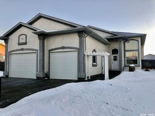 Photo 1: 709 4th Street West in Warman: Residential for sale : MLS®# SK826879