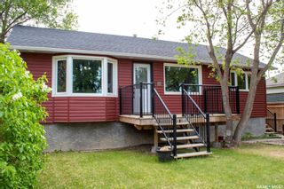 Photo 3: 214 1st Avenue South in Melfort: Residential for sale : MLS®# SK858569