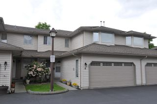 "Photo 1: 6 12268 189A Street in Pitt Meadows: Central Meadows Townhouse for sale in ""MEADOW LANE ESTATES"" : MLS®# R2167724"