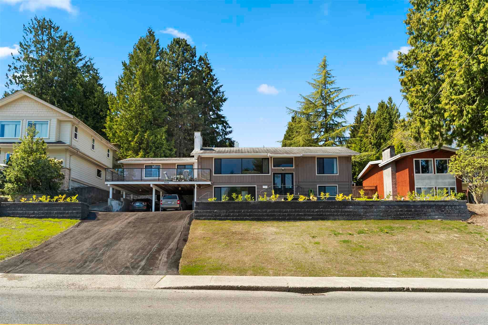 Main Photo: 3058 SPURAWAY Avenue in Coquitlam: Ranch Park House for sale : MLS®# R2599468