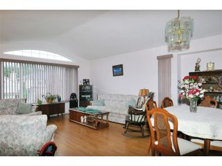 Photo 2: 12345 231B Street in Maple Ridge: East Central House for sale : MLS®# V1112683