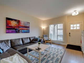 Photo 4: 7 1900 Watkiss Way in : VR Hospital Row/Townhouse for sale (View Royal)  : MLS®# 869827