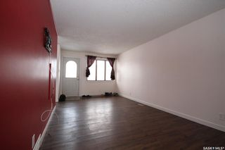 Photo 3: 2034 Queen Street in Regina: Cathedral RG Residential for sale : MLS®# SK839700
