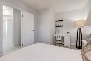 Photo 11: 203 Signal Hill Green SW in Calgary: Signal Hill Row/Townhouse for sale : MLS®# A1070915