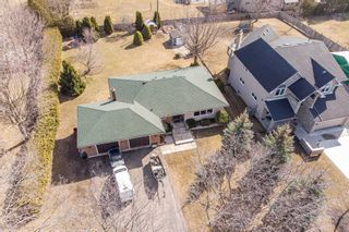 Photo 1: 3035 Courtice Road in Clarington: Courtice House (Bungalow) for sale : MLS®# E5168128