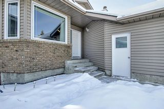 Photo 3: 119 Shawinigan Drive SW in Calgary: Shawnessy Detached for sale : MLS®# A1068163