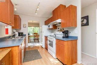 Photo 2: 9 2563 Millstream Rd in VICTORIA: La Mill Hill Row/Townhouse for sale (Langford)  : MLS®# 786813