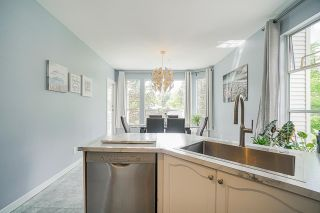"""Photo 12: 54 10038 150 Street in Surrey: Guildford Townhouse for sale in """"Mayfield Green"""" (North Surrey)  : MLS®# R2585108"""