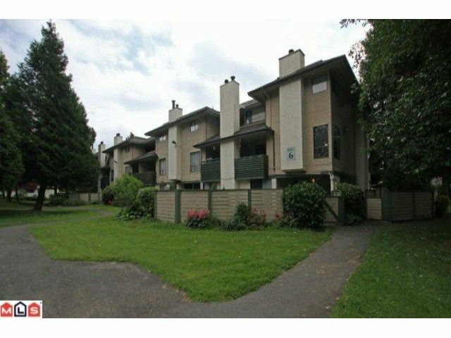 Main Photo: 14810 Holly Park Lane in Surrey: Guildford Townhouse for sale (North Surrey)  : MLS®# F1118535
