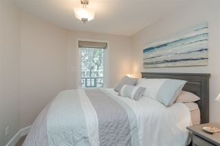 """Photo 26: 11 15563 MARINE Drive: White Rock Condo for sale in """"Oceanview Terrace"""" (South Surrey White Rock)  : MLS®# R2513794"""