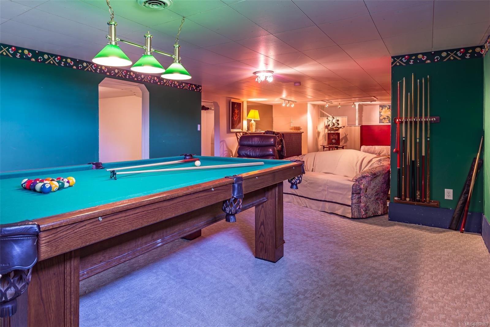 Photo 39: Photos: 4241 Buddington Rd in : CV Courtenay South House for sale (Comox Valley)  : MLS®# 857163